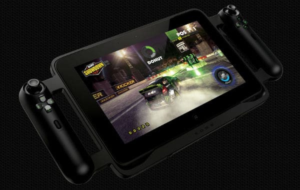 The Razer™ Edge is both a tablet and a full-fledged mobile gaming PC. (Photo: www.razerzone.com)
